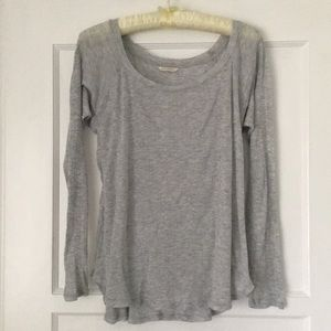 Club Monaco Light weight Grey Long Sleeve Soft Top